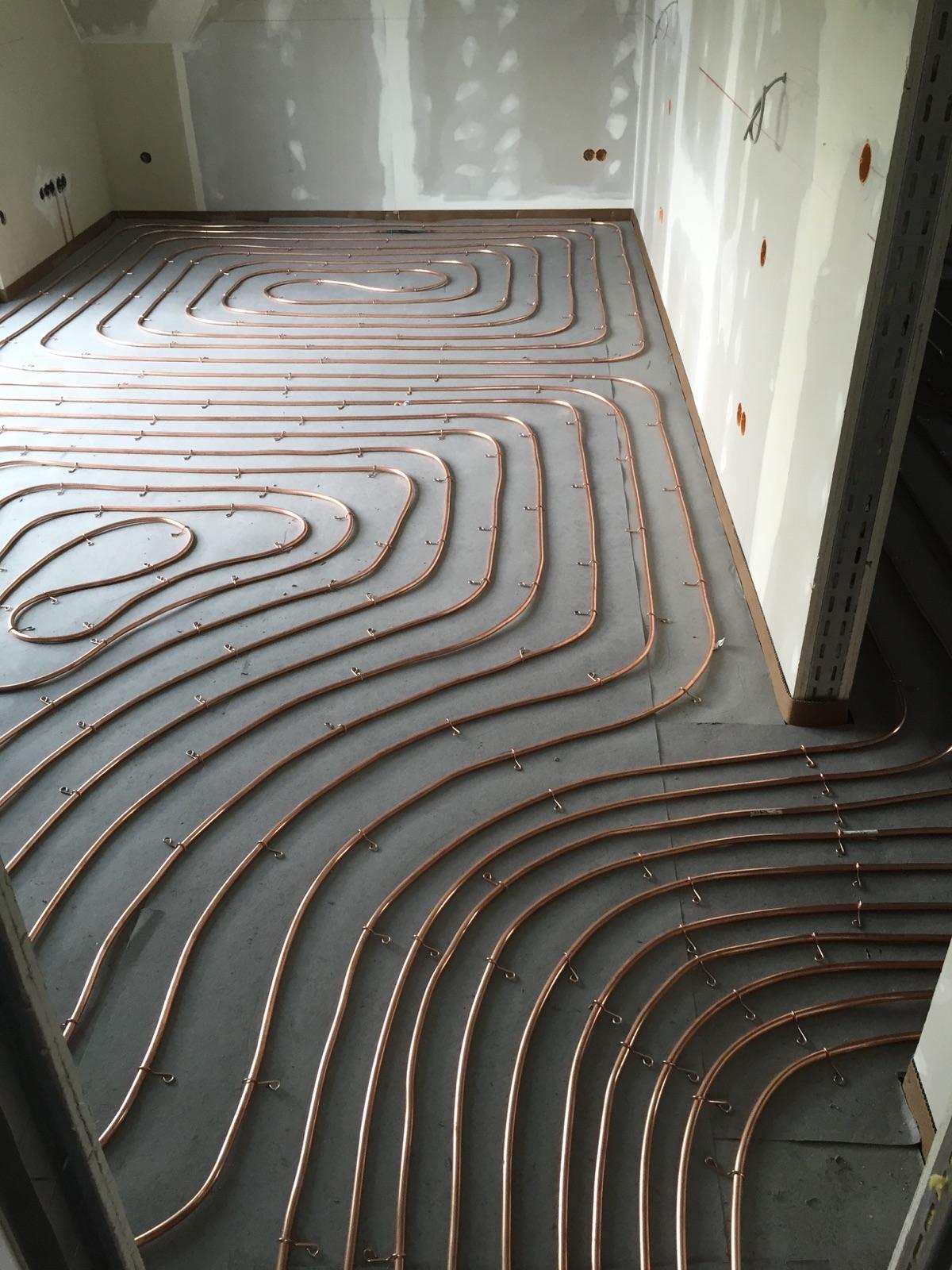 Fußbodenheizung aus Kupfer für Gussasphalt
