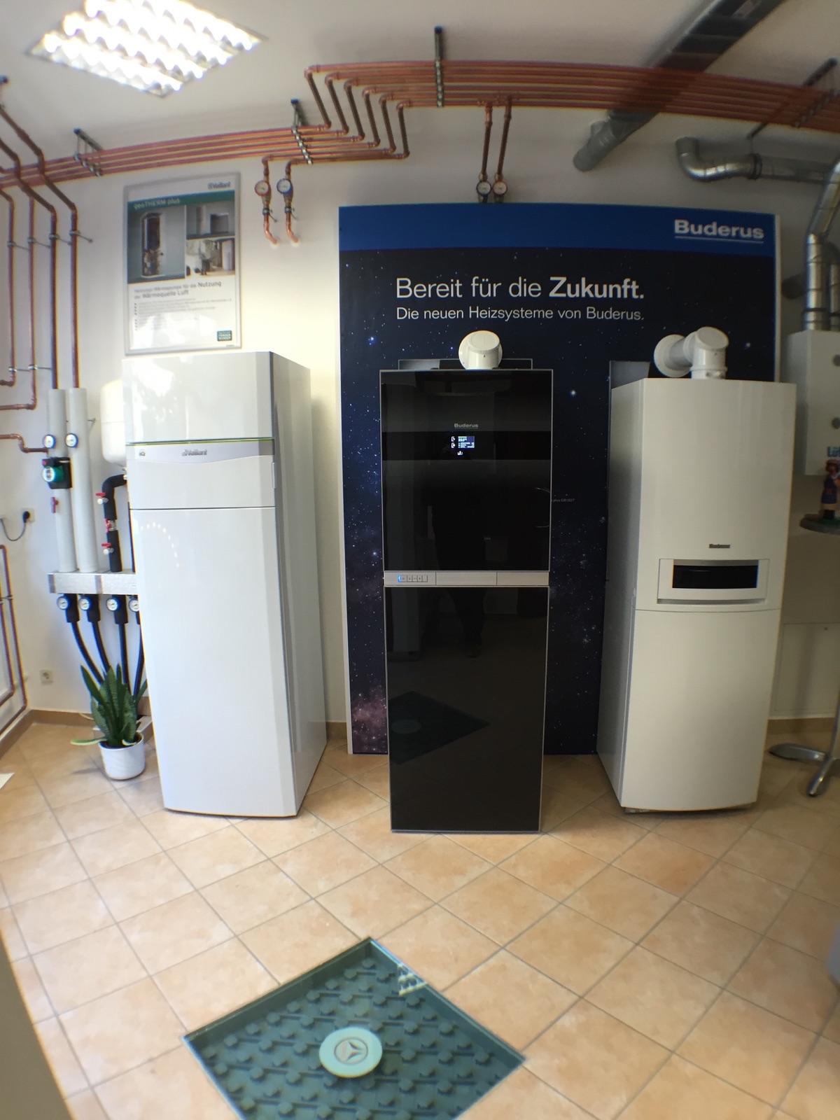 Unsere neu installierte Wärmepumpe und unsere neuen Gasbrennwertgeräte
