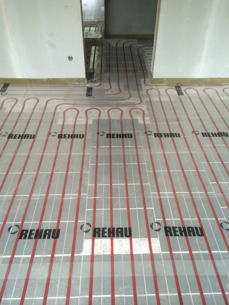Trockensystem, schwimmend verlegt (geeignet für Altbau bei geringer Deckenhöhe)