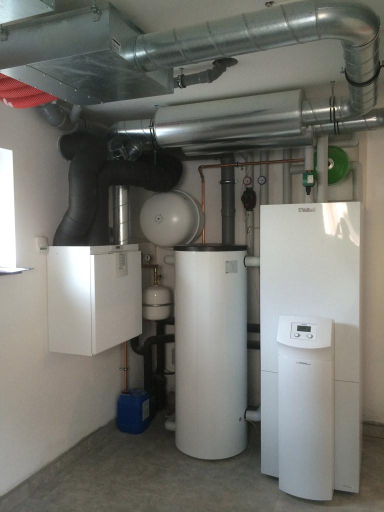 Sole-Wasser-Wärmepumpe  mit kontrollierter Wohnraumlüftung