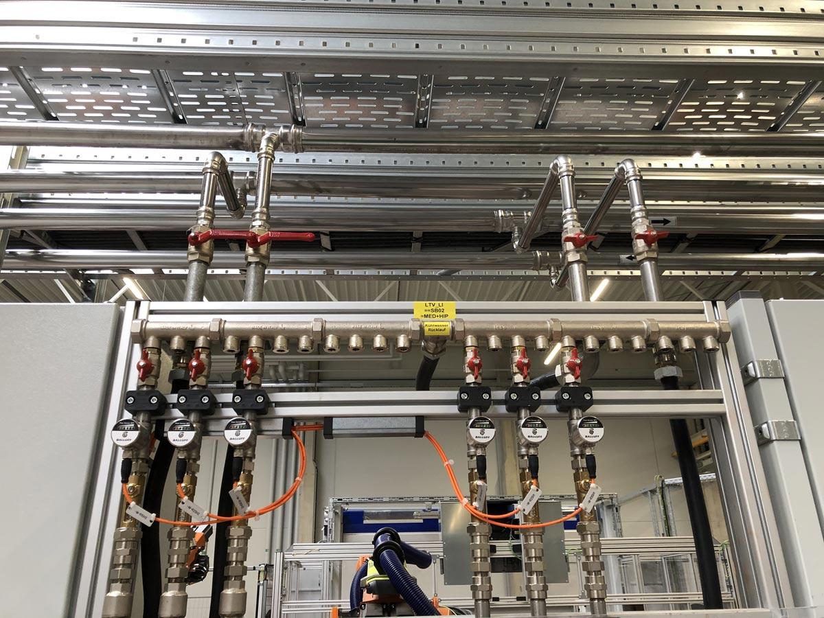 Kühlwasser und Druckluft