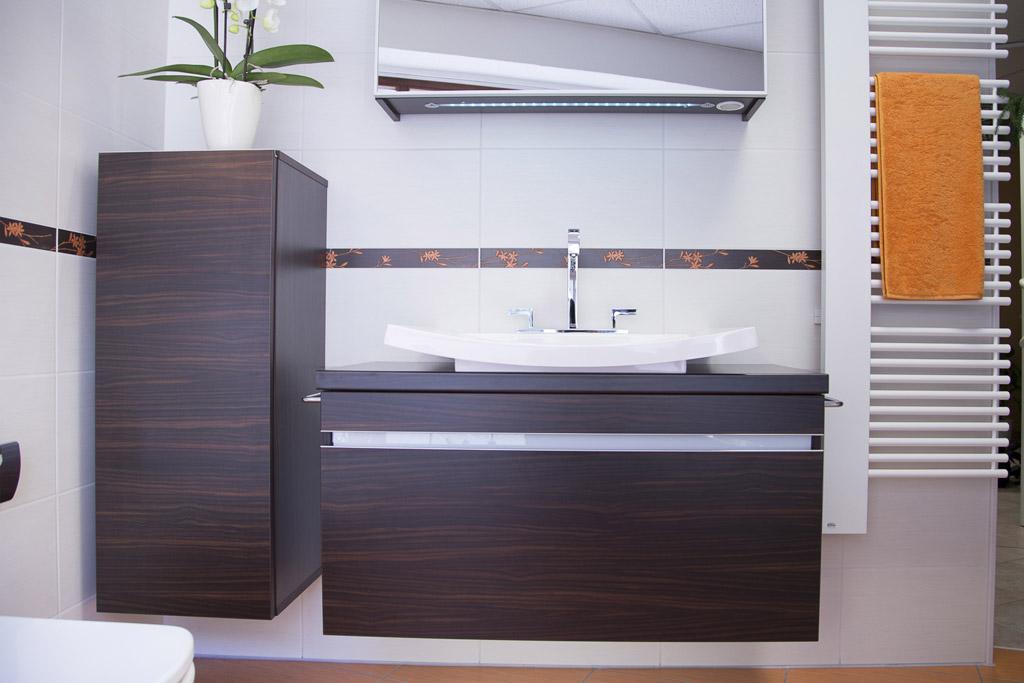 platzsparend - kompakte Badmöbel mit viel Stauraum