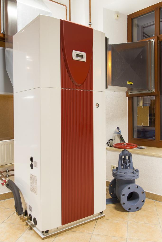 Luftwärmepumpe für Warmwasser und Heizung