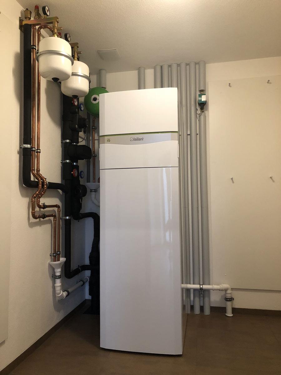 Sole-Wasserwärmepumpe mit integrierter Kühlung